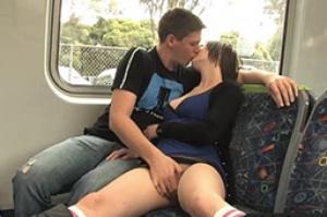 Opowiadanie erotyczne Przygodny seks w pociągu