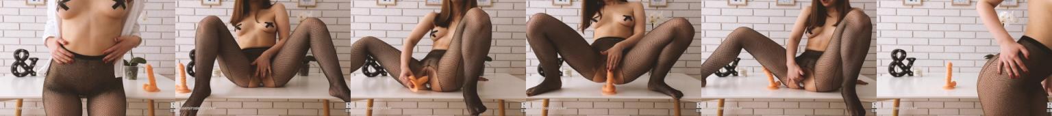 Kobieta masturbuje sie do wielokrotnego orgazmu