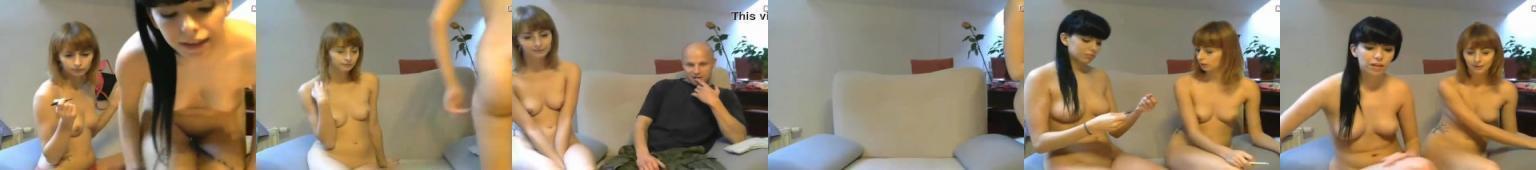 Dwie młode Polki na kamerkach showup.tv
