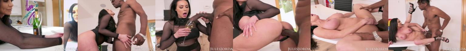 Ona uwielbia jego wielką czarną pałę!